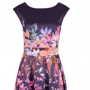 Closet London Portobello Floral Dress